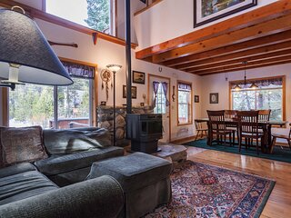 Mountain Home w/ Free WiFi, Private Washer/Dryer, and Full Kitchen