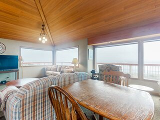 Unique, spacious, & secluded oceanfront home w/ beach access - dogs OK!