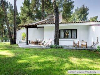 #Emily: Superior Sani Villa with Pool