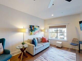 Charming Luxury Suites on King Street w/ Parking, Flatscreen TVs, & free WiFi