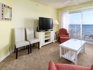 Summerlin 303: 3rd floor beach front, free beach service, snorkeling, GOLF
