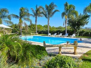 Villa Oasi An Noor con piscina