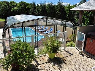 Gite a Lopeau 4/6 personnes avec piscine/spa, proche mer, activites touristiques