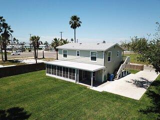 611 6th: Renn House