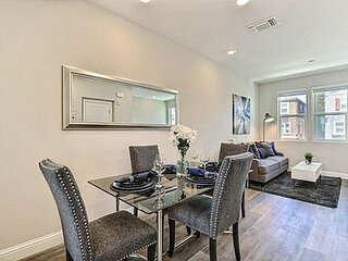 Townhouse at the Heart of Silicon Valley