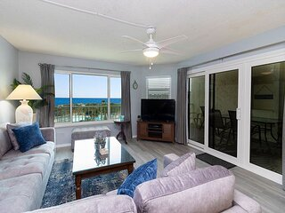 Newly Renovated Top Floor Ocean View Condo at Colony Reef Club 3404