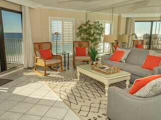 IR 406 is a 2 BR Gulf front with washer/dryer and amazing views