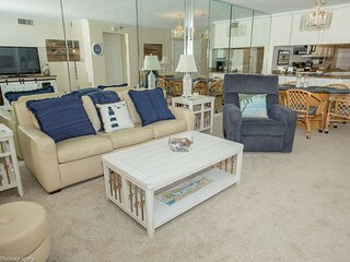 IR 602 Top floor Gulf Front 2 BR with washer dryer -amazing views!