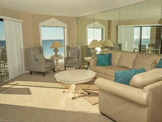IR 306 is a nicely Decorated 2 BR with Gulf front views