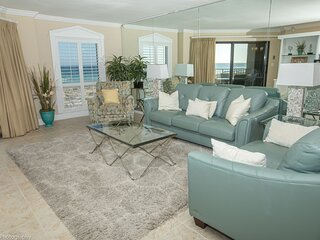 IR 102 is a large 2 BR on the Gulf with free beach set up for 2 (seasonal)