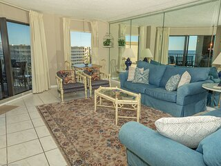 IR 617 - 2 BR 2 BA top floor sunset unit - over 1300 sf and washer/dryer