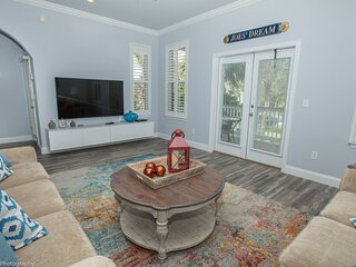 Joes Dream is a Gorgeous 3 BR 3 BA home in Destin Pointe that sleeps 8