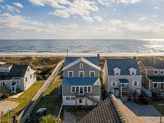 PET FRIENDLY OCEANFRONT COTTAGE WITH EASY ACCESS