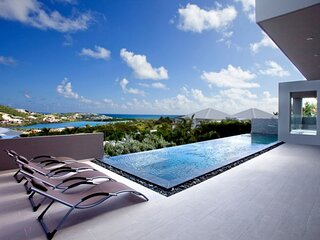 Villa Emvie | Ocean View - Located in Magnificent Orient Bay with Private Pool