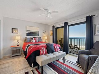 NEW LISTING: 3BR Sleeps 8 Includes Beach Chair Service, Full Kitchen FREE WiFi a