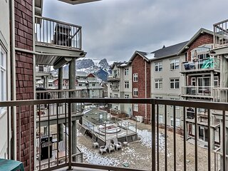 Delightful Mountain 2 Bdrm with Hot tub