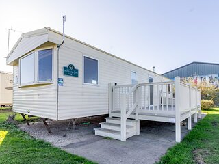 8 berth dog friendly home at Broadland sands holiday park in Suffolk ref 20136BS