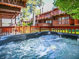 1797-Resort Side Retreat