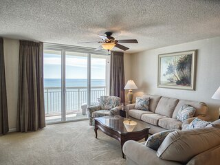 Crescent Shores Oceanfront Unit 1209! Beautiful Condo. Lazy River, Outdoor and