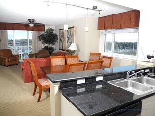 Barefoot Resort North Tower Unit 509! 4BR/ Amazing Waterway Views! Golf and