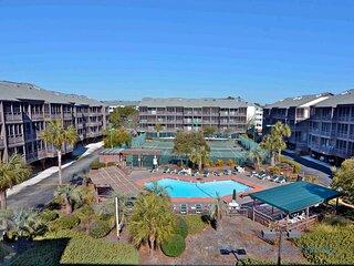 Tilghman Beach and Racquet Club Studio Unit: 160B! Across the street from the