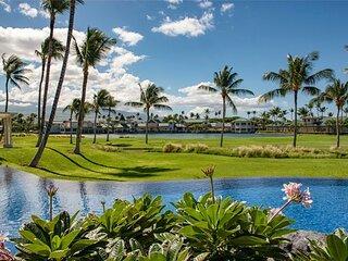 Luxury Villa On Golf Course - Walk to Shops, Restaurants, Beach - Quiet!