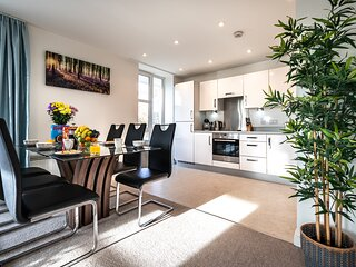 Smart Apartments - HoundWell