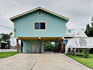 416 AveA: Deckhouse