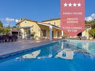 � KIKILOUE � Villa familiale avec piscine pour 10 a 15 min de Cannes !