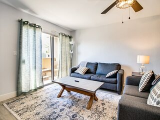 Contemporary Condo in Hub of Old Town Scottsdale!