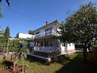 Ruža - comfortable 2 bedrooms apartment: A1(4+1) - Zadar