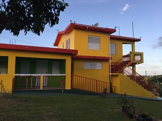 Unit 1: OCEAN VIEW apt,  top floor Casa Del Parque Guesthouse