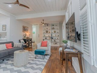 Only 6 Blocks to Beach -HUGE Front Porch  - Outdoor Patio - Historic 1876 Beauty