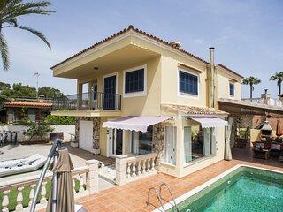 Villa Llevant, aire acondicionado, piscina, wifi, parking, barbacoa, cerca de