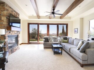 What A View!  Golf, Swim, Hike, Relax, Sleeps 9