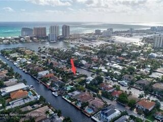 Intracoastal Pool Home-1.3 miles to Beach/Las Olas