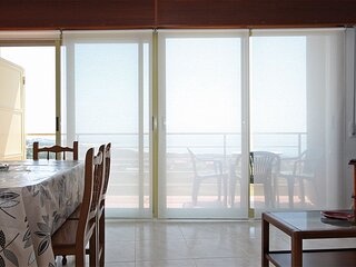 Apartment - 2 Bedrooms with Sea views - 102002