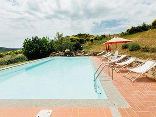 Big villa with swimming-pool