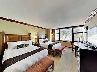 Squaw Creek Ski-In, Ski-Out Suite   Heated Pools & Hot Tub   Golf & Tennis