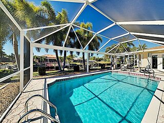 Modern Canal-Front Villa | Heated Pool & Large Dock with Direct Gulf Access
