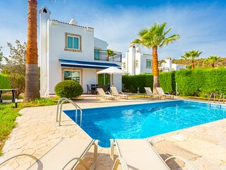 Villa Cleopatra: Large Private Pool, Walk to Beach, A/C, WiFi