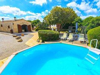 Villa Tres Pinos: Private Pool, A/C, WiFi