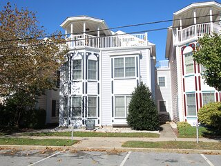 North Rehoboth Townhome just Steps from the Beach and Downtown!