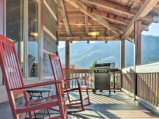 NEW! 'The Cabin at Mary's Place' w/ Mountain Views