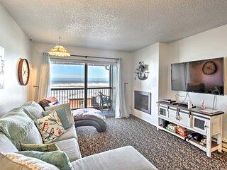 NEW! Lincoln City Condo w/ View, 1 Block to Beach!