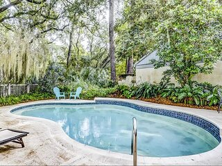 Pet Friendly 3 Bedroom Lawton Woods Home, Free Bikes, Private Pool.