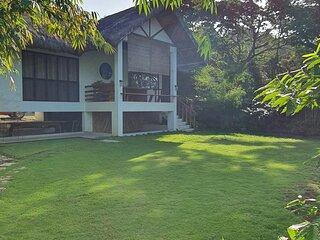 Batalang Bato Beach House - Private One Bedroom Villa (Anilao, Mabini)