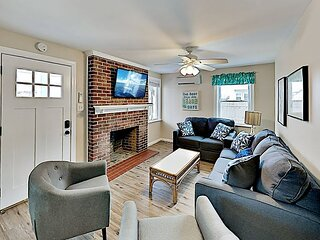 Downtown Retreat | Private Covered Porch | Walk to Beach & Fishing Pier