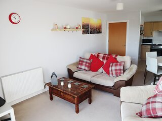Quiet space next to Gatwick Airport and Town Centre