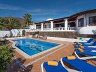 Villa Ciocco, location de vacances à Yaiza